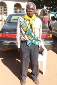 Aos 113 anos de idade, Jato Mailose Sibanda é o desbravador ativo e pregador adventista mais velho do mundo. Crédito: SID
