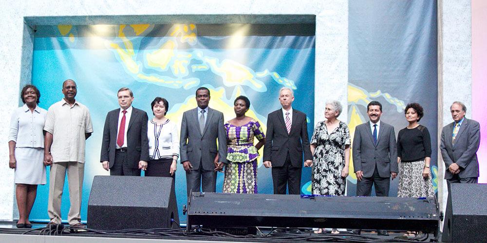 os-6-vice-presidentes-no-palco-da-assembleia