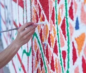 "Uma pintura do projeto ""Testemunho na Parede"". Crédito: Levon Kotanko"