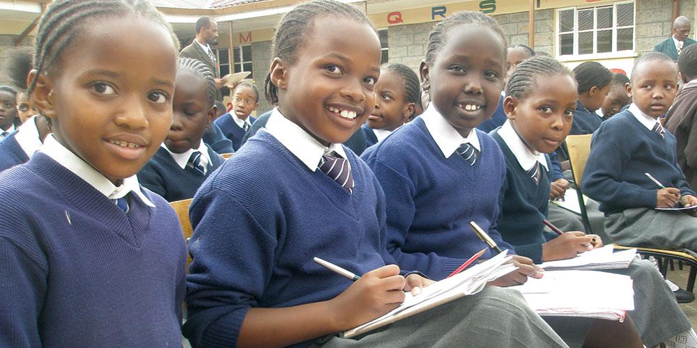 Alunos do ensino fundamental em uma escola adventista no Quênia. Crédito: departamento de comunicação da ECD. Foto: Adventist Review