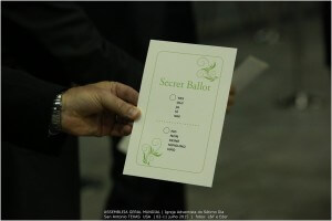 votacao-ordenacao-de-mulheres-assembleia-mundial-8