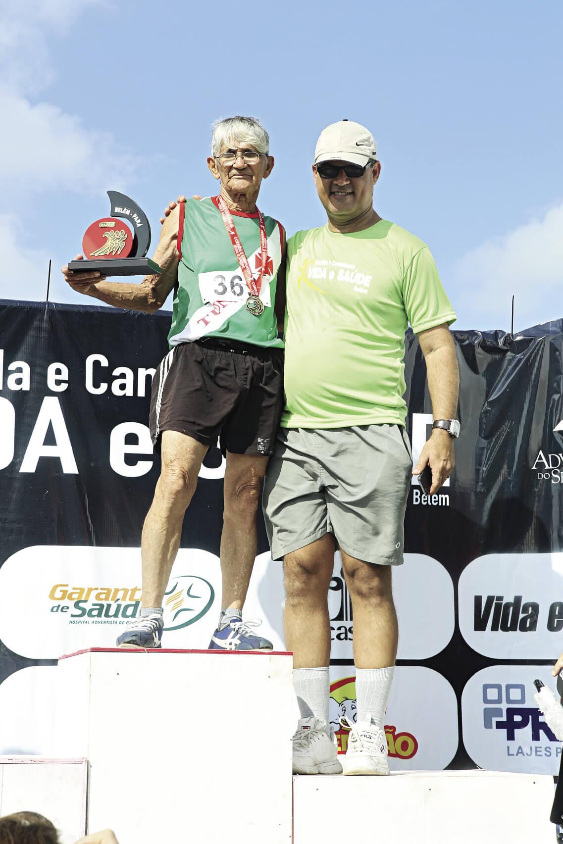 Mais de 4 mil pessoas participaram da corrida Vida e Saúde em Belém.