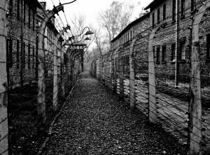 27 de janeiro foi instituído como o Dia da Memória das Vítimas do Holocausto. Foto: James Ackerley/Flickr