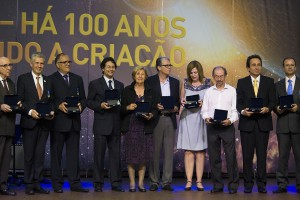 Pioneiros do criacionismo e nova geração de pesquisadores foram homenageados no evento. Foto: Márcio Tonetti