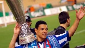 Ex-campeao-da-Champions-League-conta-por-que-trocou-carreira-esportiva-pela-igreja-2