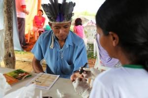 nativos-do-Espirito-Santo-recebem-feira-de-saude-e-livros-Viva-com-Esperanca