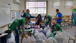 Voluntários-se-mobilizam-para-ajudar-comunidades-afetadas-por-enchentes-no-Sul-do-Brasil