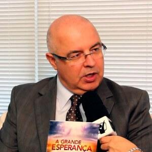 O pastor Almir Marroni dedicou boa parte de seu ministério à área de publicações. Foto: ASN