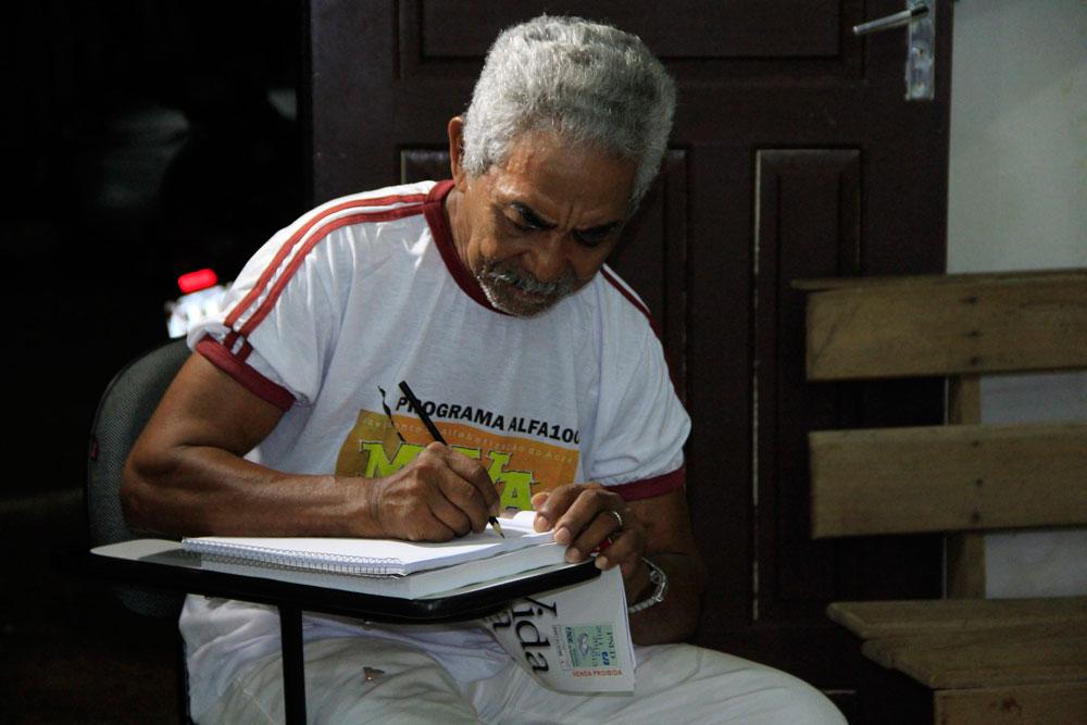 projeto-de-alfabetização-no-Acre---foto-1