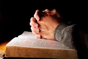 Verdadeiros-adoradores-artigo-da-revista-da-Semana-de-Oração-2015-segunda-feira