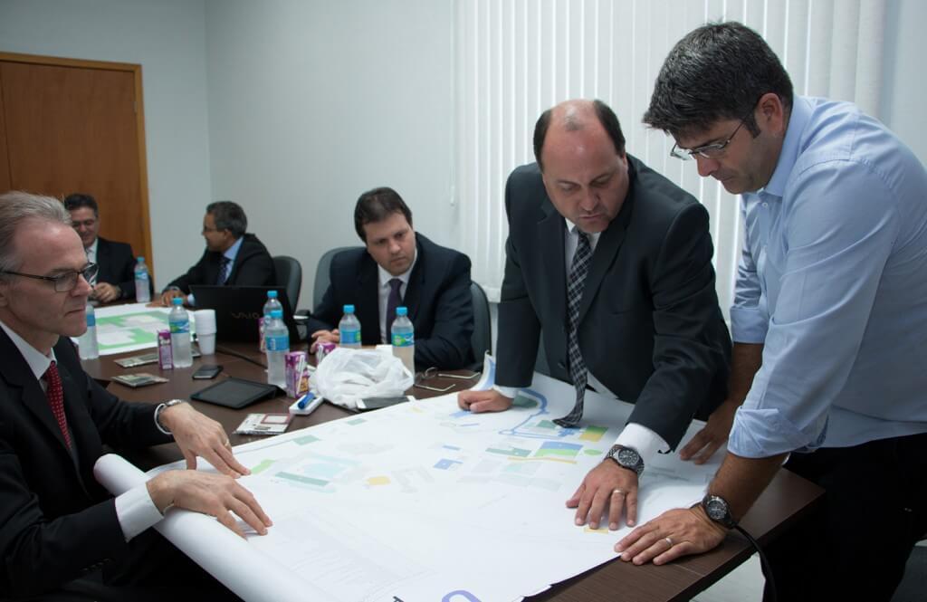 Lideres-aprovam-projeto-arquitetonico-do-Instituto-Adventista-de-Tecnologia2