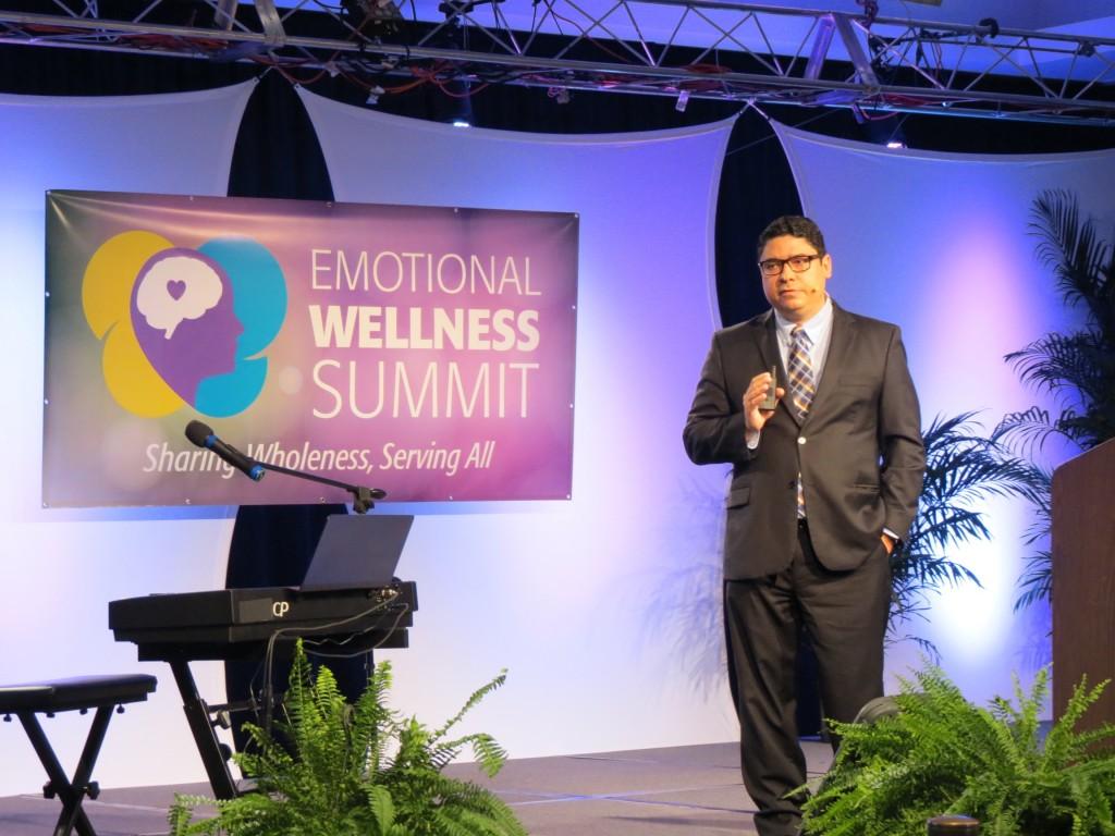 Marcelo Niek palestra no Congresso de Saúde Emocional nos Estados Unidos