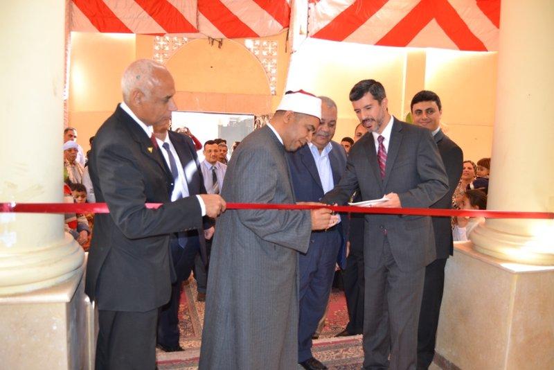 Igreja destruída por manifestantes é reconstruída e inaugurada no Egito