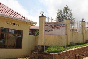 Hospital Mugonero, localizado dentro do complexo em que os membros da igreja morreram em 1994. Créditos da imagem: Gina Wahlen