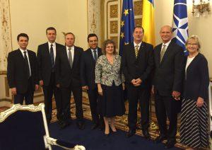 Presidente mundial da igreja e líderes da denominação na Europa participam de reunião com membros do governo da Romênia