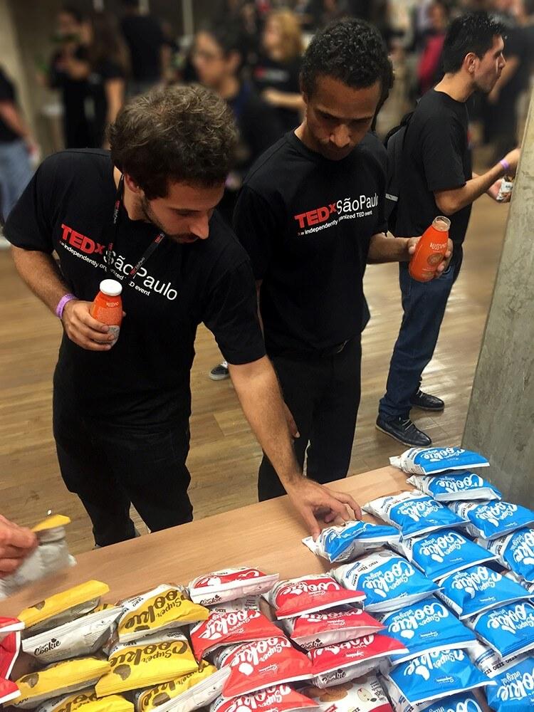 Superbom-apresenta-produtos-no-TEDxSaoPaulo---foto-6