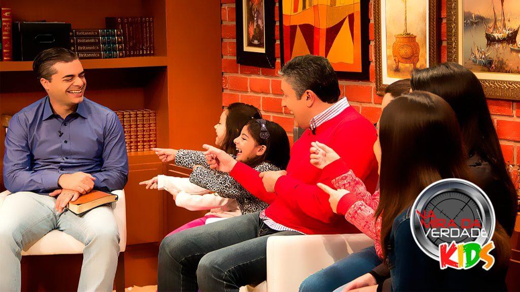 Versão infantil do programa na Mira da Verdade será uma das atrações no site NT Kids no mês das férias escolares. Foto: Divulgação Rede Novo Tempo de Comunicação