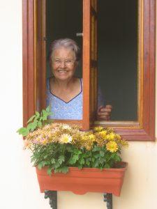 Enfermeira aposentada que vive no interior paulista já plantou igrejas e até hoje não perde uma oportunidade de testemunhar. Crédito: arquivo pessoal