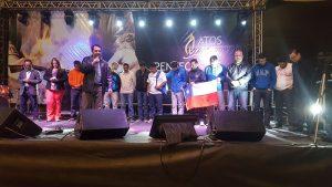 Líderes de jovens adventistas de sete países sul-americanos oram pelos participantes do projeto Circuito de Campeões durante programação realizada em Teresópolis (RJ). Créditos da imagem: Márcio Tonetti