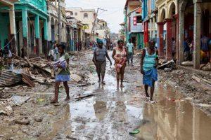 Considerado um dos países mais pobres do planeta, o Haiti foi um dos países mais afetados pelo furacão Matthew. Créditos: Logan Abassi / Fotos Públicas
