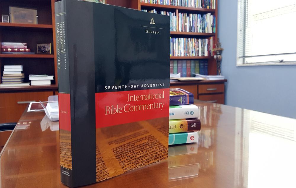 Novo-Comentário-Bíblico-Internacional