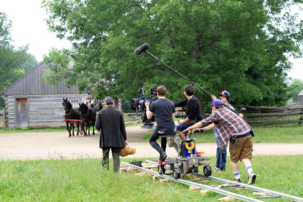 Reportagem-produções-audiovisuais-adventistas--Filmagem-no-set---créditos-Divulgação